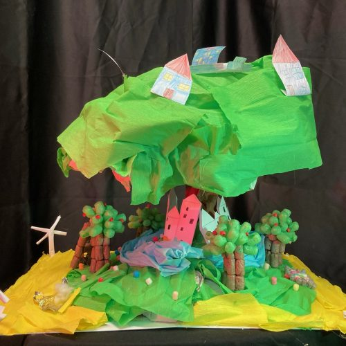 L'arbre protecteur - CM1 / Accueil de loisirs et périscolaire La souris verte de Lampertheim