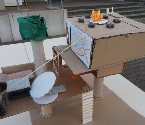 Das Baumhaus der Zukunft - CM1 / École Schweitzer, Village-Neuf